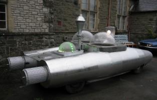Silver Spaceship3