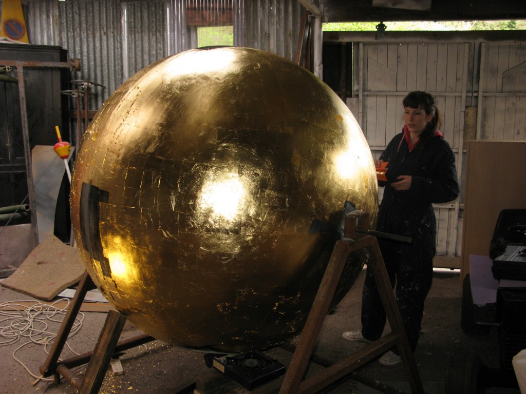 gold ball copy